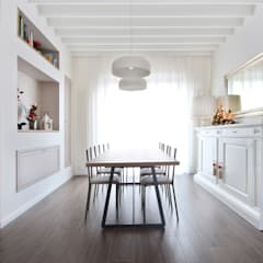 Arredamento Sala Pranzo Country Chic: Sala da pranzo in stile  di JFD - Juri Favilli Design