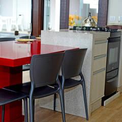 Área gourmet: Armários e bancadas de cozinha  por Janete Krueger Arquitetura e Design