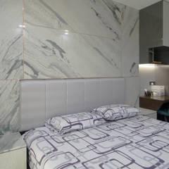 Master Bedroom: modern Bedroom by Designer House