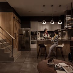 Built-in kitchens by 漢玥室內設計