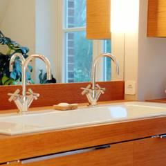 Badezimmer: klassische Badezimmer von FLINT-DESIGN INTERIOR