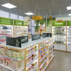 Оформление витрины брендового магазина косметики: Офисы и магазины в . Автор – Art-i-Chok