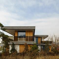 Terrace house by 위즈스케일디자인