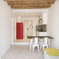 Dining room by Gramil Interiorismo II - Decoradores y diseñadores de interiores