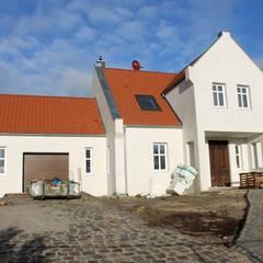 Landhaus in 14641 Dyrotz:  Villa von SCHOß INGENIEUR GmbH