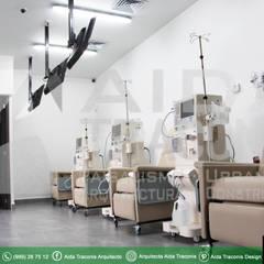 sillones de tratamiento de Hemodiálisis: Estudios y oficinas de estilo clásico por AIDA TRACONIS ARQUITECTOS EN MERIDA YUCATAN MEXICO
