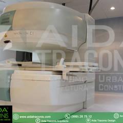 Resonancia Magnética en Unirad: Hospitales de estilo  por AIDA TRACONIS ARQUITECTOS EN MERIDA YUCATAN MEXICO