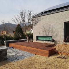 파주주택: 아키프레임 ArchiFrame Architect의  정원