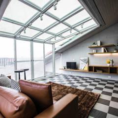 Roof by SING萬寶隆空間設計