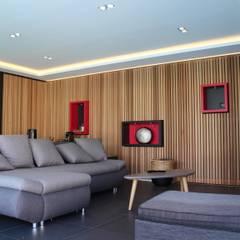 Comme à l'Hôtel: Salon de style de style Minimaliste par AM architecture