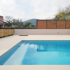 Garden Pool by Abrils Studio