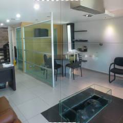 OFICINAS CORPORATIVAS : Edificios de Oficinas de estilo  por Diseño Aplicado Avanzado de Guadalajara