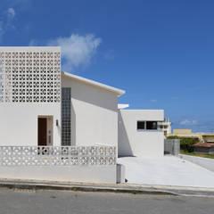 ファサード1: プラソ建築設計事務所が手掛けた一戸建て住宅です。