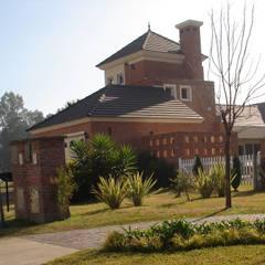 Casa BN de Estudio D3B Arquitectos Clásico Ladrillos