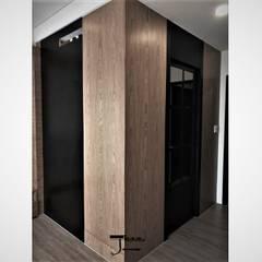 Dressing room by 喬克諾空間設計