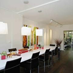 Essbereich: minimalistische Esszimmer von schüller.innenarchitektur