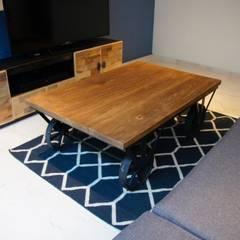 Muebles Franko & Co.: Salas de estilo industrial por Franko & Co.