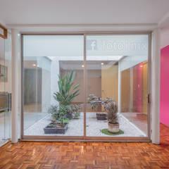 Fotografía de Interiores: Jardines de invierno de estilo clásico por FOTOIMX: Fotógrafo de Inmuebles en CDMX