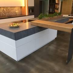 Kitchen by Ebbecke GmbH - excellent einrichten