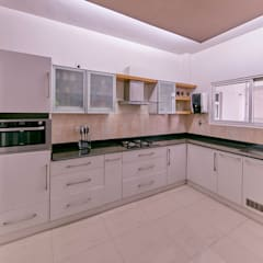Customized Kitchen : Kitchen By NVT Quality Build Solution