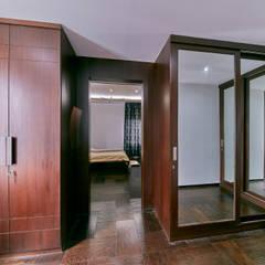 Dresser: modern Dressing room by NVT Quality Build solution