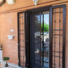 Front doors by Gruppo Infissi