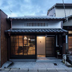 Cafe Franz Kafka: 山本嘉寛建築設計事務所 YYAAが手掛けたレストランです。