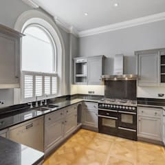 House renovation Ovington Square SW3:  Kitchen units by House Renovation London Ltd