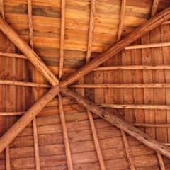 Hipped roof by Pedro de Almeida Carvalho, Arquitecto, Lda,