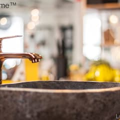 Natural stone basins - River stone bathroom sink:  Bathroom by Lux4home™ Indonesia