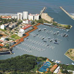 Marina Nuevo Vallarta: Jardines de estilo  por Lebenswerk S.A. de C.V.