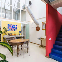 Fotografie Loft industriale || Foto di ZEROPXL: Sala da pranzo in stile  di ZEROPXL | Fotografia di interni e immobili