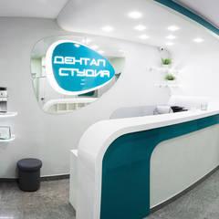 Интерьер стоматологической клиники в футуристическом стиле.: Больницы в . Автор – Дизайн-студия интерьера и ландшафта 'Деметра'