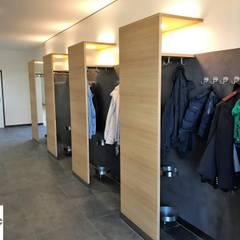 Garderobe:  Veranstaltungsorte von Schreinerei Huber