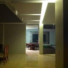 Automatización total , control de iluminación : Electrónica de estilo  por EQUIPOS ELECTRÓNICOS DE SEGURIDAD PRIVADA