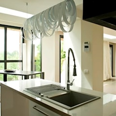 EC-Bois | Maison Aubry | Montfort l'Amaury: Éléments de cuisine de style  par EC-BOIS