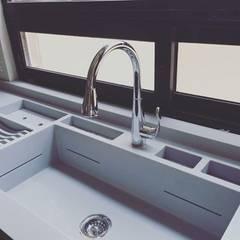 Built-in kitchens by MYGRA SUPERFICIES,