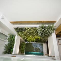 Hoàn thiện nội thất nhà ống 3 tầng 6x16m:  Hành lang by Công ty TNHH TK XD Song Phát