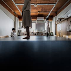 Katamari: 山本嘉寛建蓄設計事務所 YYAAが手掛けたオフィススペース&店です。