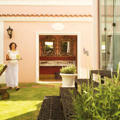 5: Hotéis  por Roger Engelmann  Fotografia
