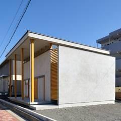 Chalés e casas de madeira  por ツジデザイン一級建築士事務所 , Industrial