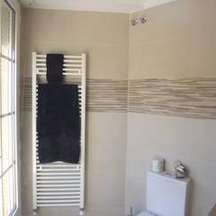 Reforma de baño contemporáneo: Baños de estilo  de Almudena Madrid Interiorismo, diseño y decoración de interiores, Moderno Azulejos