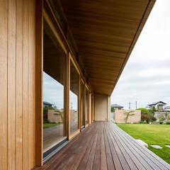 Terrace by アトリエ慶野正司 ATELIER KEINO SHOJI ARCHITECTS