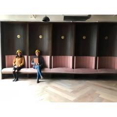 Wework Flormorado: Salas de estilo  por D Interior