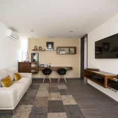 غرفة الميديا تنفيذ René Flores Photography