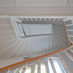 Historische Treppe:  Treppe von Grotegut Architekten