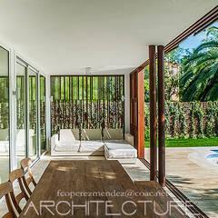 H House: Jardines de estilo  de FPM Arquitectura