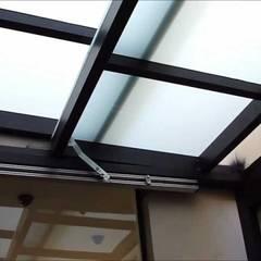 Roof by Envidralux esquadrias e vidros
