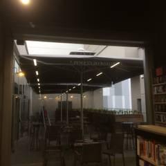Akaydın şemsiye – GEBZE PENGUEN BOOKS & COFFE: modern tarz Kış Bahçesi