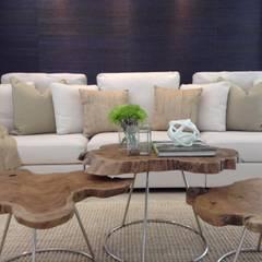 CASA M/V: Salas multimedia de estilo moderno por Maria Teresa Espinosa